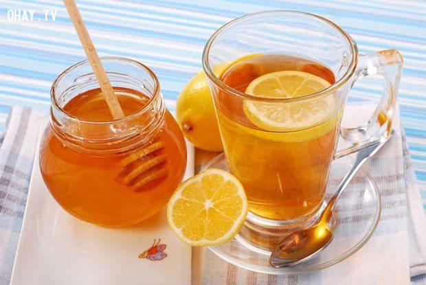 Một ly nước cam và mật ong là mẹo uống bia không say hiệu quả không ngờ