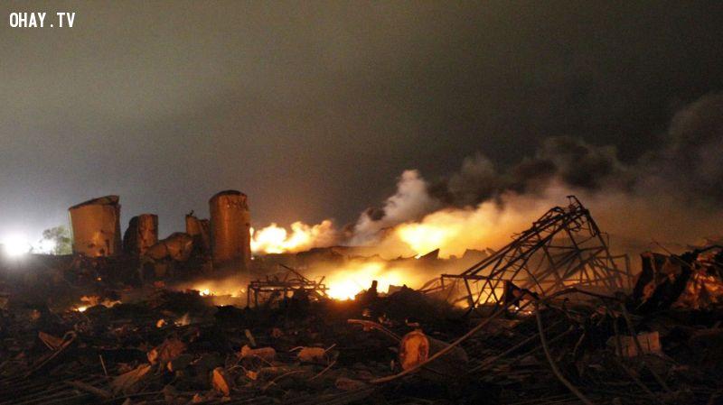 ảnh thảm họa,kinh thánh,trái đất diệt vong,ngày tận thế