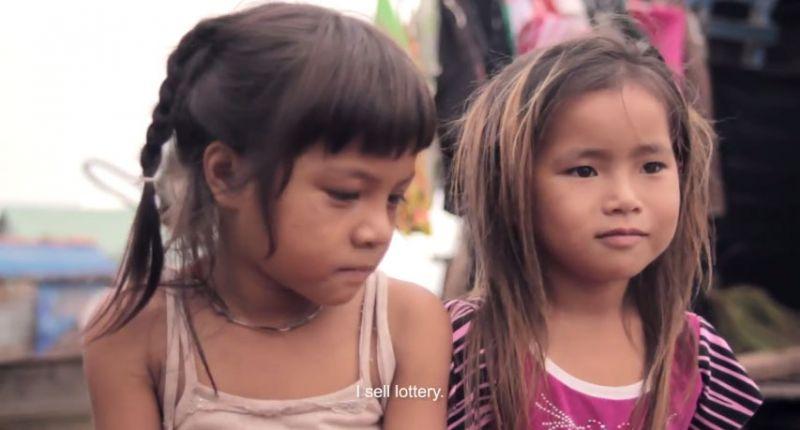 ảnh trẻ em,trẻ em việt nam,trẻ không nhà,trẻ em miền sông nước