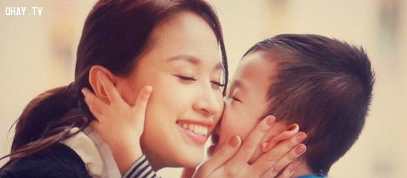 Áp lực khi làm mẹ đơn thân