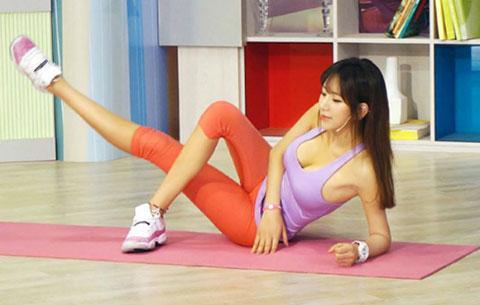 3 bài tập thể dục đơn giản giúp chân thon mông cong như người mẫu