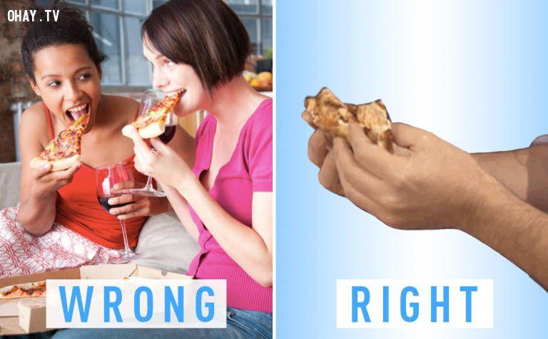 Bạn đã ăn pizza đúng cách chưa? ^^