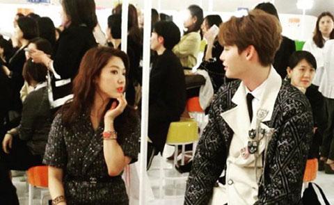 Bằng Chứng Cho Thấy Lee Jong Suk và Park Shin Hye Đang Trong Mối Quan Hệ Hẹn Hò