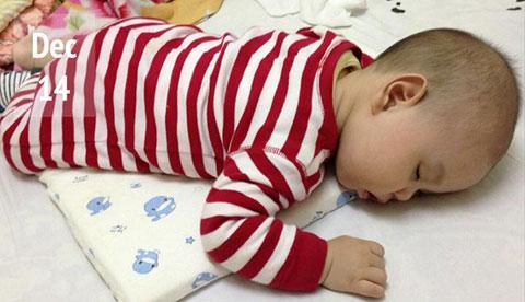 Từ khóc đến cười của 1 em bé