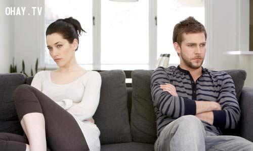 ảnh vợ chồng,cãi nhau,quan điểm,mâu thuẫn