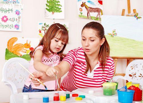Trẻ sẽ hạnh phúc khi được vui chơi cùng bố mẹ