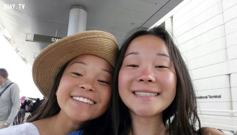 ảnh Anais Bordier,Samantha Futerman,chị em sinh đôi,sinh đôi,tìm thấy nhau qua youtube