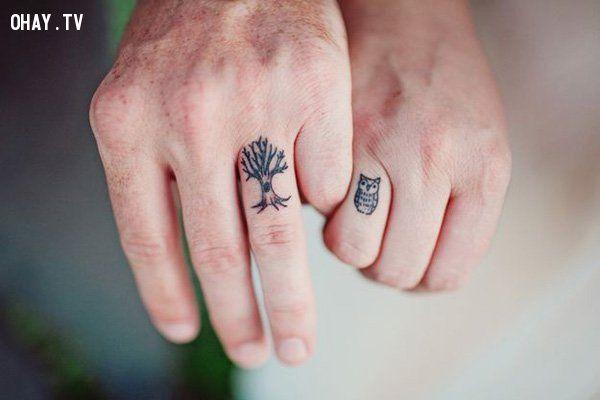 Hình xăm đôi ngón tay