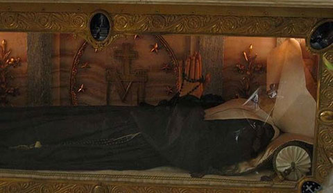 Bí ẩn các xác chết không phân hủy