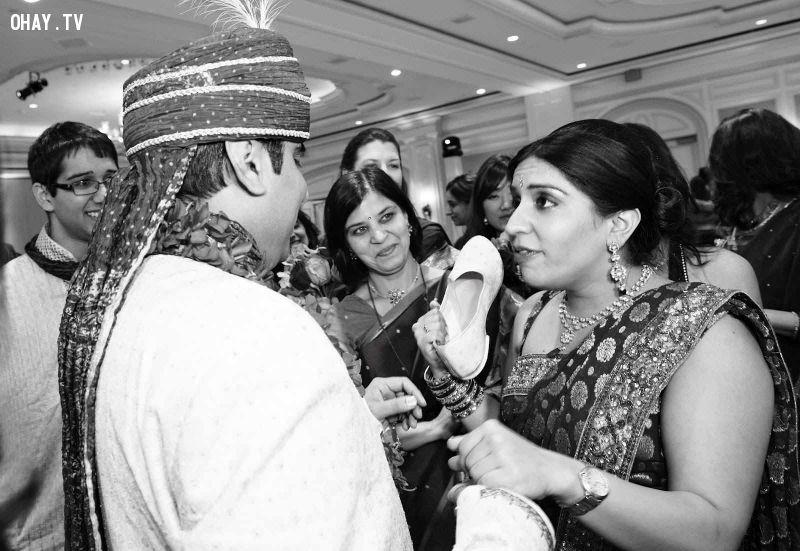 Phong tục cưới Ấn Độ trộm giày