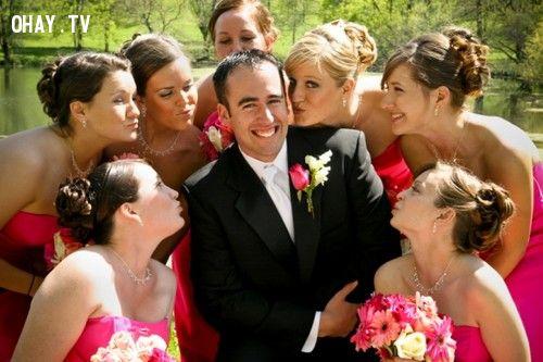 Phong tục cưới Sweden - hôn lén