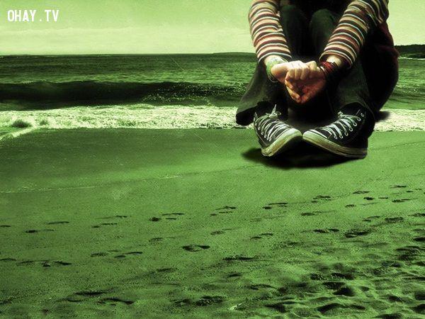 ảnh tuổi trẻ,nỗi đau tuổi trẻ,đau khổ,không tin vào chính mình