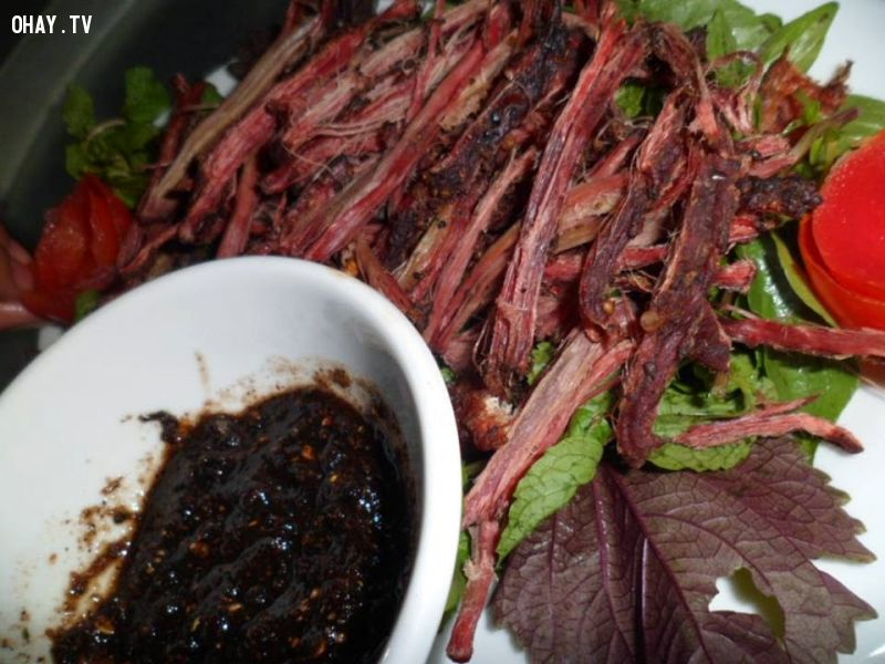 Thịt bò gác bếp Sơn La