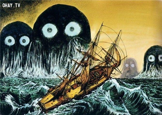 Thủy quái umibozu trên biển