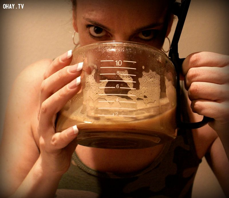 Nghiện caffeine