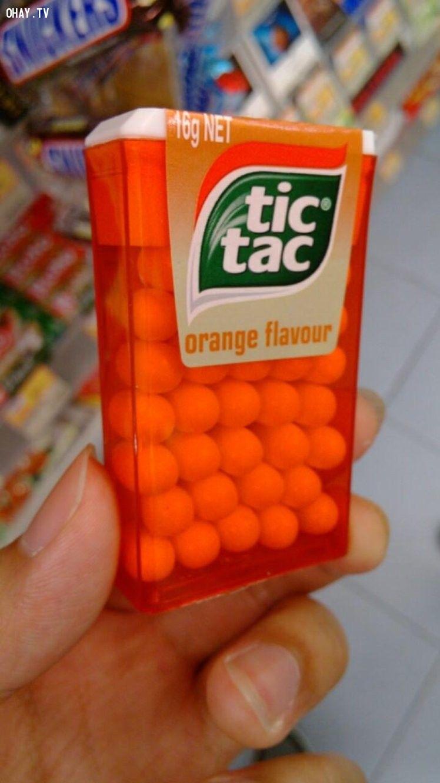 Những viên kẹo xếp lên nhau một cách hoàn hảo