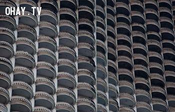Ban công, tòa nhà cao nhất đông nam á, tòa nhà state tower, Ban công nhiều nhất, ban công cổ điển