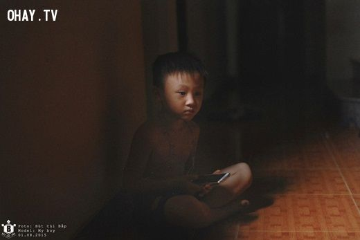 ảnh đứa trẻ công nghệ,mặt trái của công nghệ,mặt trái của internet,trẻ emBộ ảnh