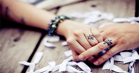 11 hình xăm đẹp lấy ý tưởng từ cặp nhẫn cưới