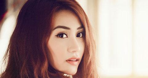 Ngân Khánh – Cô nàng Thiên Bình loay hoay giữa showbiz Việt