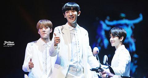 EXO - Sehun, Baekhyun, Chanyeol  tách nhóm, ra mắt album vào tháng 9?