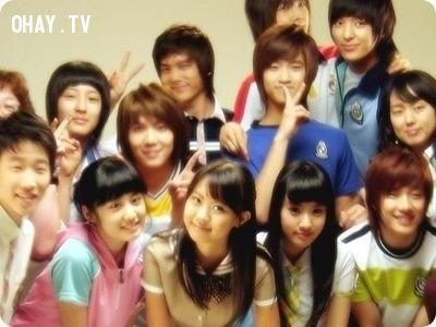 JiYeon với FTISLAND và Chanyeol