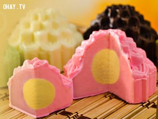 Bánh trung thu kem lạnh sắc màu