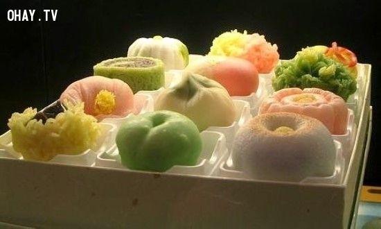 Bánh trung thu Nhật Bản đẹp long lanh