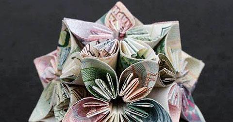 Những hình khối độc đáo được gấp từ tiền