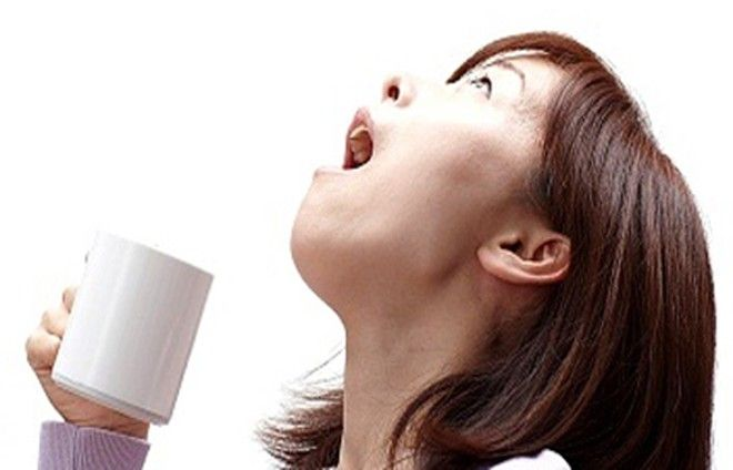 giảm đau họng bằng muối ăn