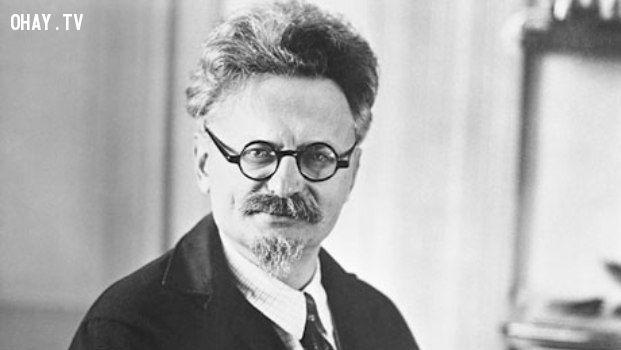 Leon Trotsky