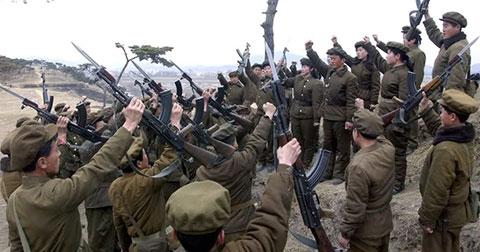 Kim Jong Un ra lệnh chiến tranh từ chiều nay