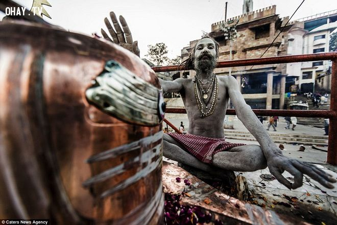 bộ tộc Aghori ở Varanasi