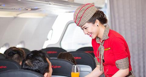 9 điều cần biết trước khi bạn hẹn hò với một tiếp viên hàng không