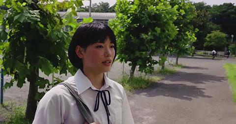 Chuyện gì xảy ra khi nữ sinh Nhật Bản đi học muộn?