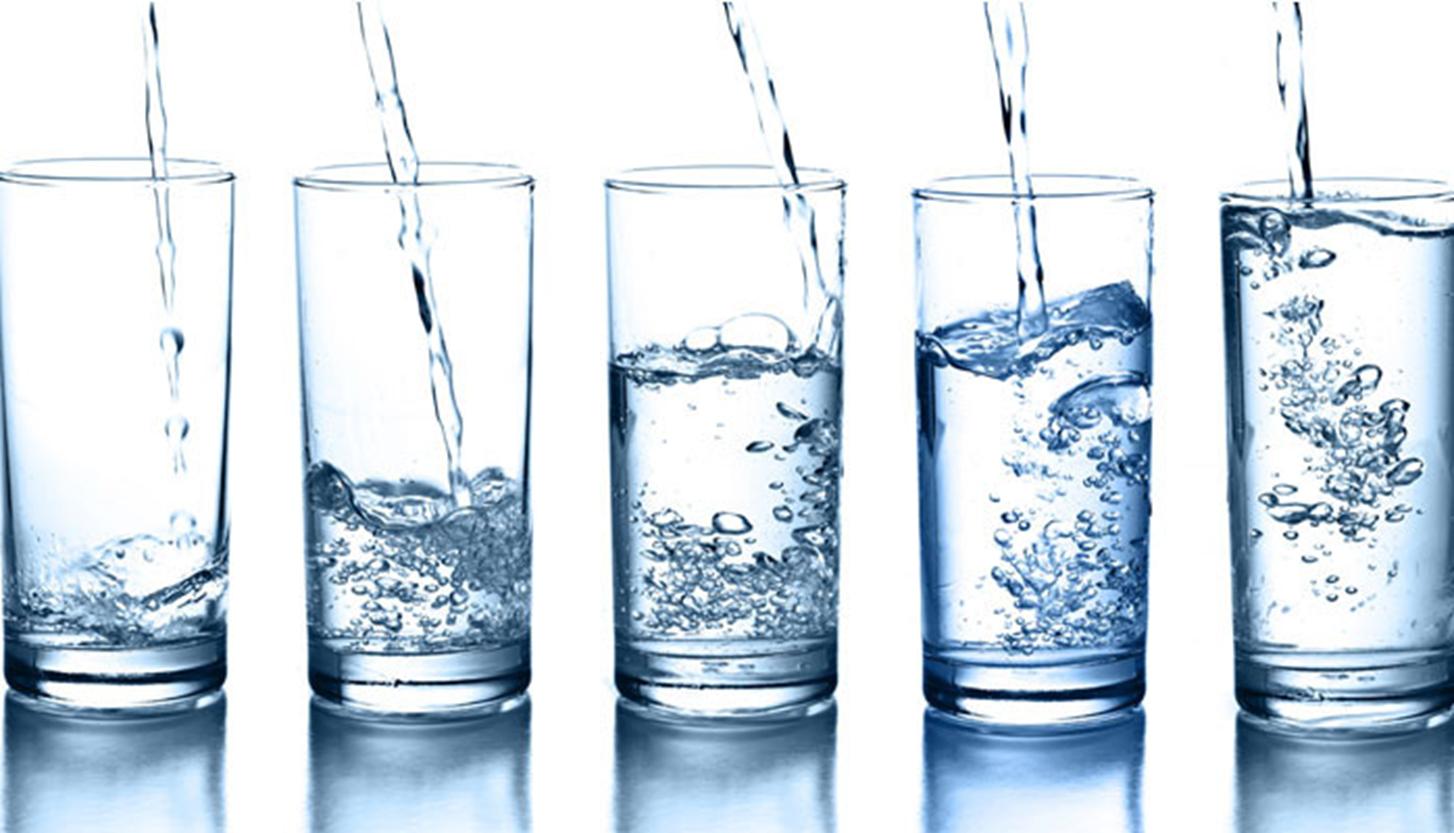 Nước làm giảm đau bụng những ngày đèn đỏ