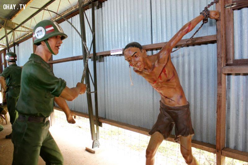 ảnh hình thức tra tấn,tra tấn,quân đội mỹ ngụy,tù nhân,chiến tranh Việt Nam,dã man