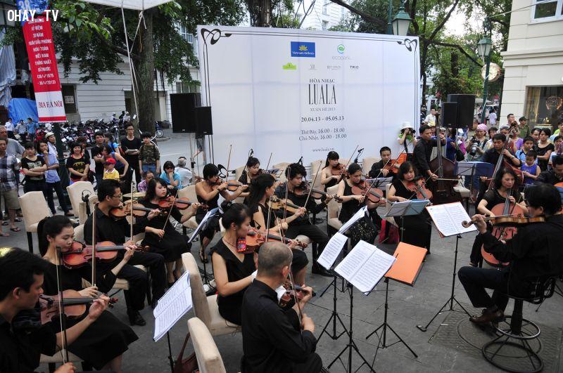 Hòa nhạc LuaLa giữa phố ở Hà Nội