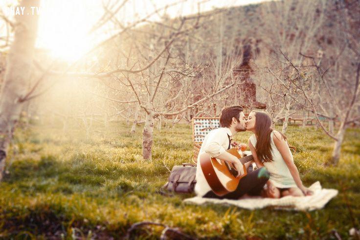 ảnh biết chơi guitar,chơi đàn guitar,chọn người để yêu,tình yêu