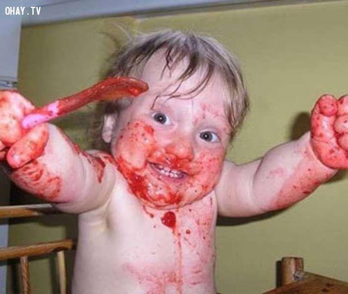 ảnh trẻ con,tinh quái,trẻ con nghịch ngợm