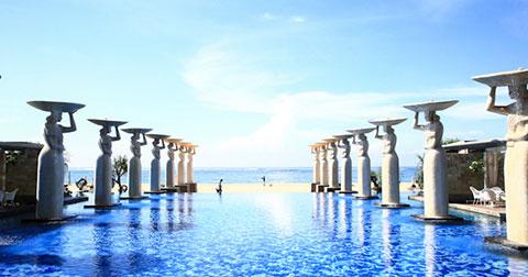 Top 10 những khách sạn xa hoa nhất ở thiên đường Bali, Indonesia .