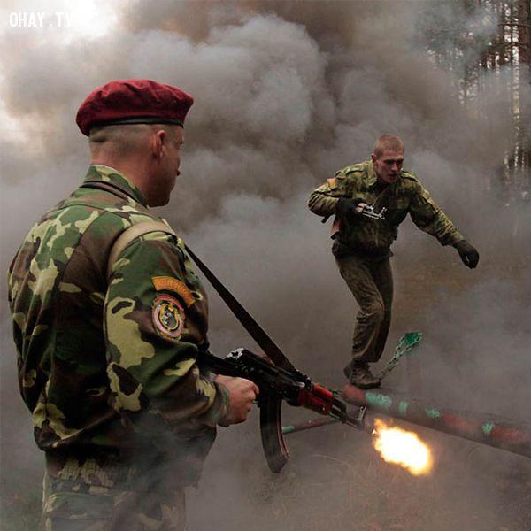 ảnh quân sự,khắc nghiệt,luyện tập quân ngũ