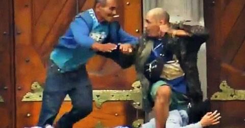 Lao vào giải cứu con tin, người đàn ông vô gia cư bị cướp bắn chết