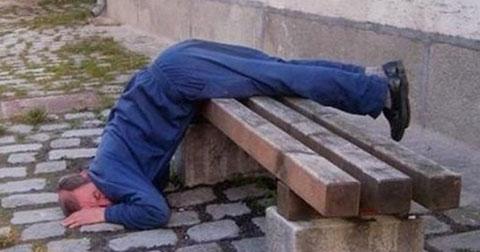 20 bức ảnh hài hước của người say rượu