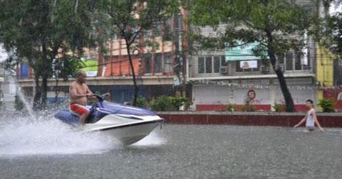 Sài Gòn lụt lắm, Sài Gòn ơi...Sài Gòn ơi...