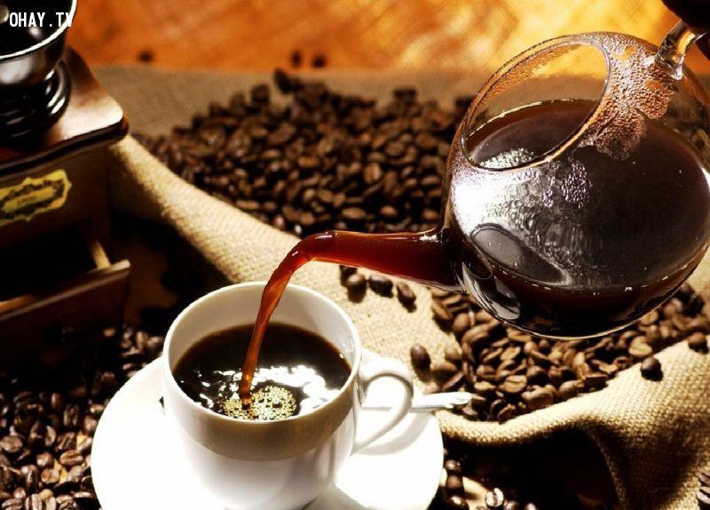 8 lý do khiến người thích uống cafe thành công hơn