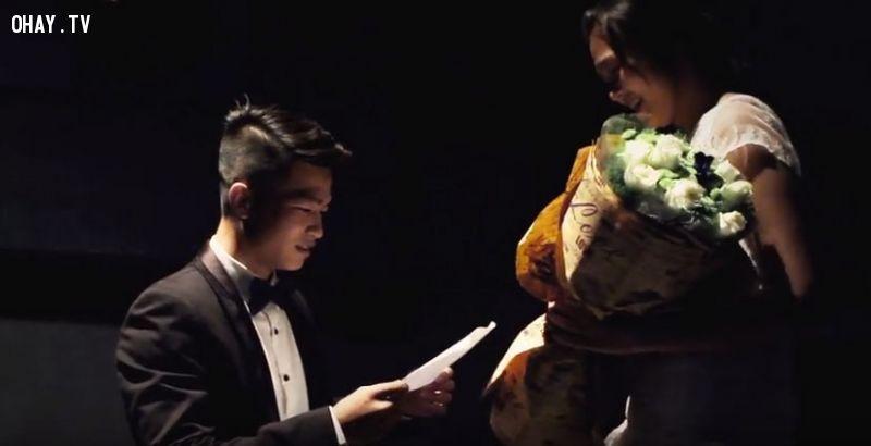 ảnh cầu hôn,cầu hôn trong rạp chiếu phim,cầu hôn lãng mạn