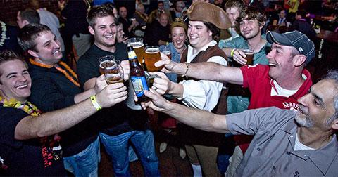 10 lợi ích không ngờ của việc uống bia!