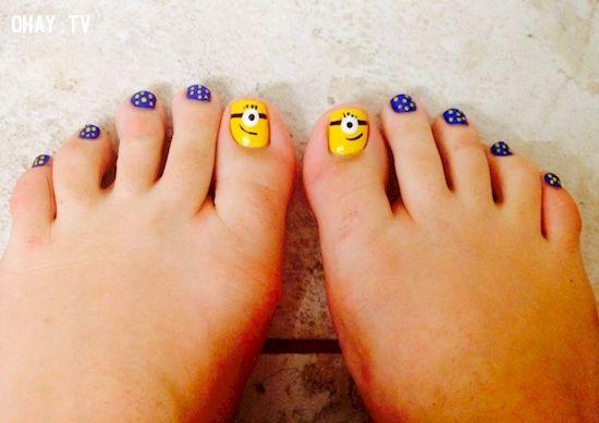 ảnh mẫu nail minion,mẫu nail đơn giản,mẫu nail,mẫu móng tay đơn giản,vẽ móng hình minion