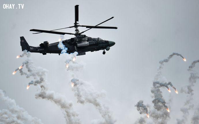 Máy bay Ka-52